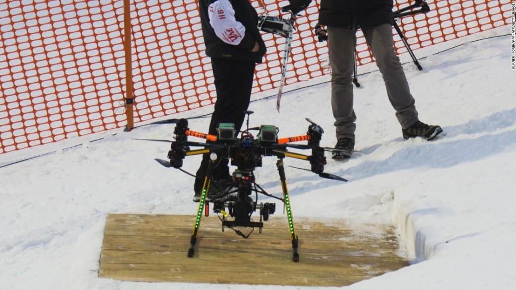 151223114841-marcel-hirscher-drone-super-169