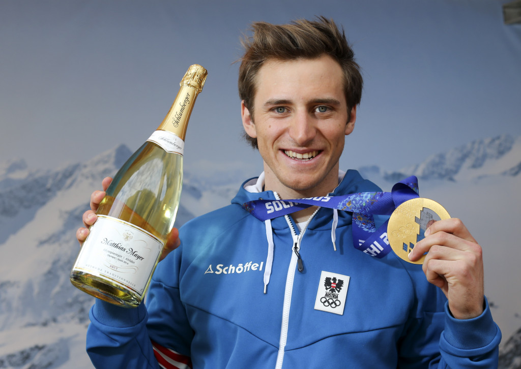 _A_gold_medal_in_the_discipline_of_skiing_Matthias_Mayer_from_Austria_068413_