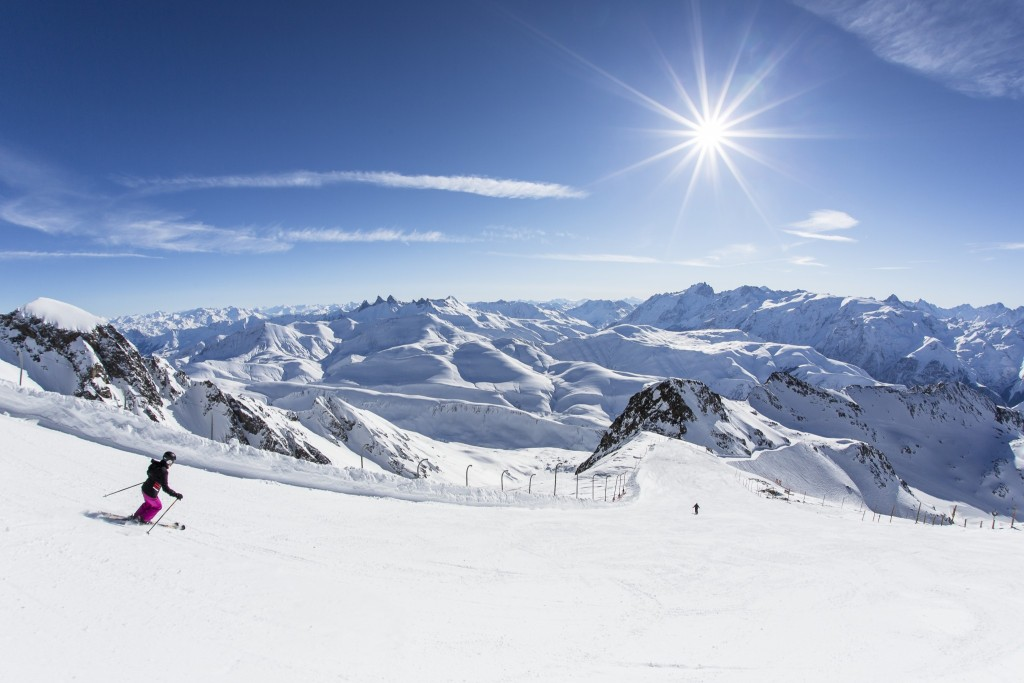 Worlds-Longest-Black-CREDIT-ALPE-D'HUEZ-TOURISME-2