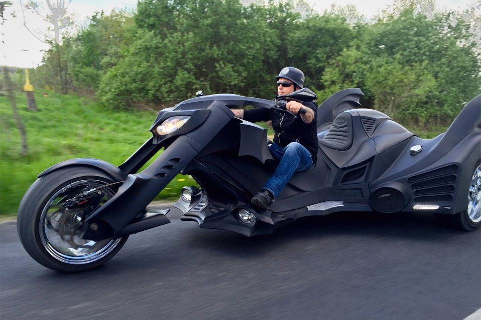 Game-Over-Cycles-Batman-Trike_10