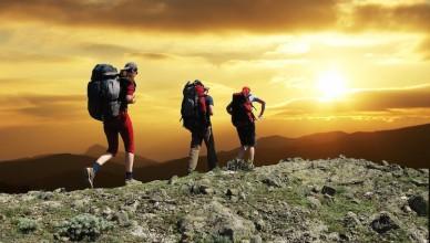 hiking-805x503