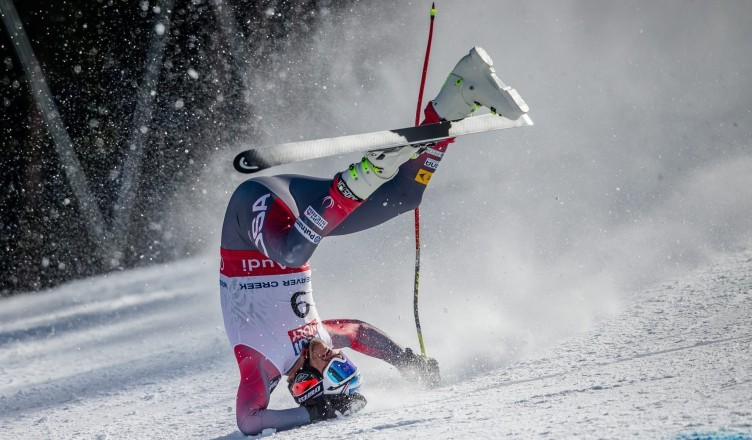 la-sp-sn-bode-miller-crash-20150205-1
