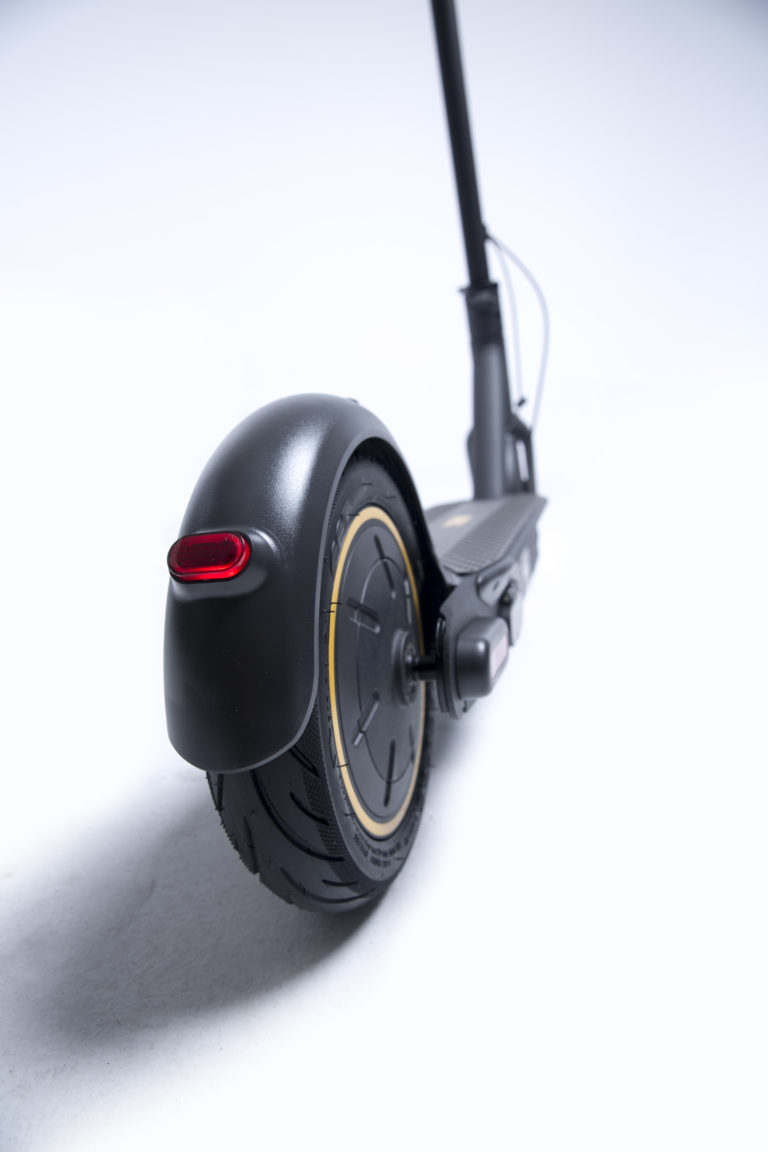 Ninebot-max-G30-electric-scooter