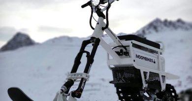 snowmobil-moonbike