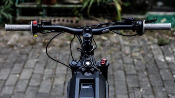 Surron-Electric-Bikes-Storm-Youth-Bike-namstare