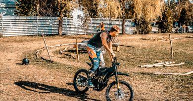 Unde poti testa si inchiria motocicletele electrice Sur-Ron?